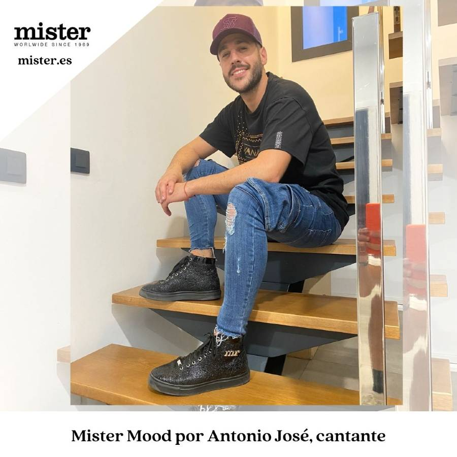 Antonio José, unconditional fan of new high top sneakers of Mister Shoes